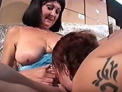 Lustful young lesbian serves wet maturies pussy